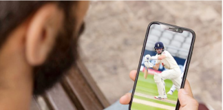 Mobile App-Download the Fantasy Cricket App to Earn Cash
