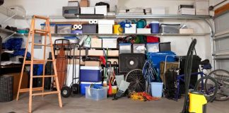 How to clean your garage with vacuum cleaner